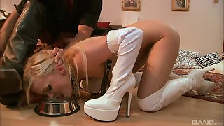 Jenna Lovely loves everything about humiliation and BDSM sex games
