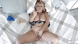 Chubby midget MILF in crazy POV home scenes be fitting of real porn