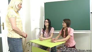 Mature lesbian teacher Amanda is fucking two pretty student girls