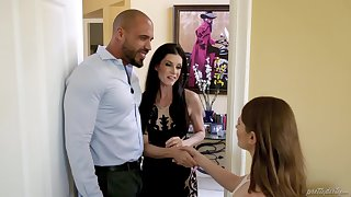 Lucky man fucks his wife India Summer and the brush BFF Alice March